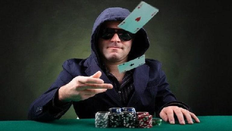 Lipat Poker