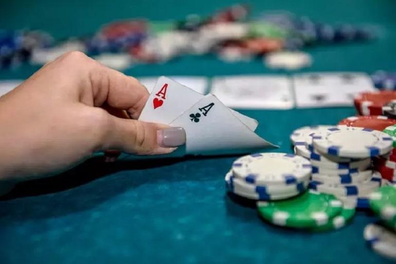 Malam poker